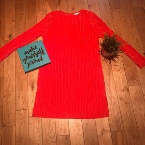 Dresses & Skirts - Round neck micro pleated dress